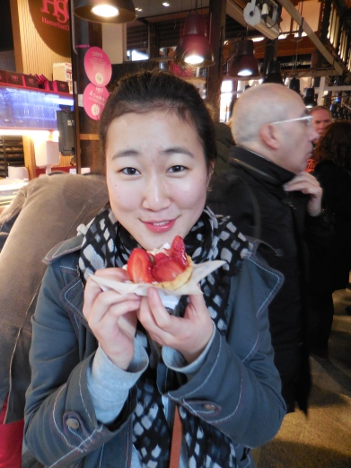 Janice and a strawberry tart at Mercado de San Miguel - 1/31/15
