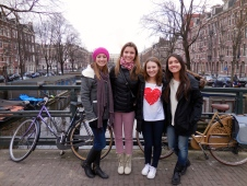 Theta Love in Amsterdam on Valentine's Day (Ellie, me, Elena and Tenaya) - 2/14/15