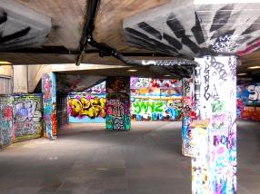 Cool graffiti art - 3/31/15